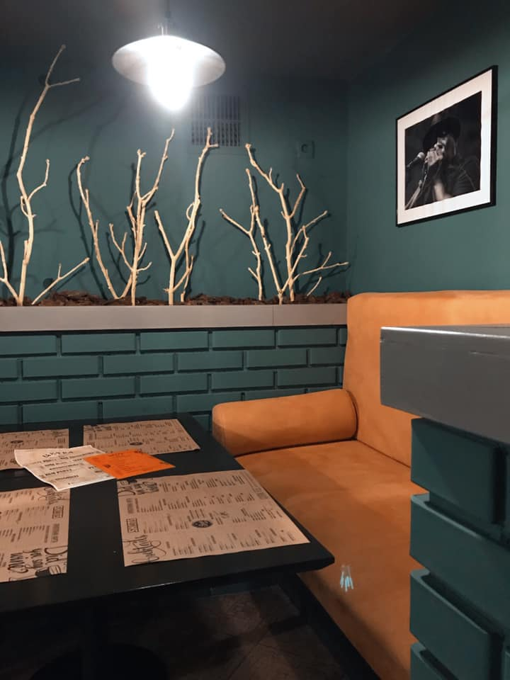 """For a Jazz """"Citra"""" is the creation of the club`s logo, the development of its menu, interioir design, selection of furniture and accessories..."""